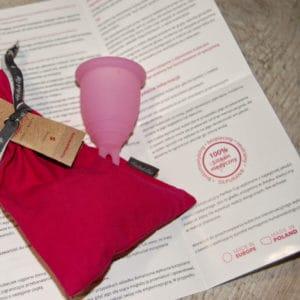 Kubeczki menstruacyjne instrukcja